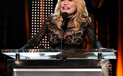 "Dolly Parton Honored as Musicares ""Person Of The Year"""